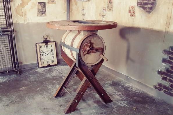 Table haute tonneau style indus déco steampunk bar bistrot design vintage esprit recup