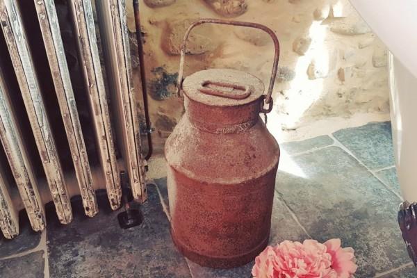 Pot à lait ancien, rouillé, style indus, design usine, deco vintage, collection, brocante, chiné