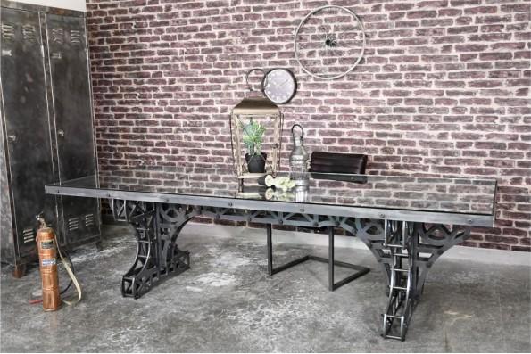 Table 10 personnes verre vintage design Eiffel cadre métal piétement acier style industriel déco indus loft