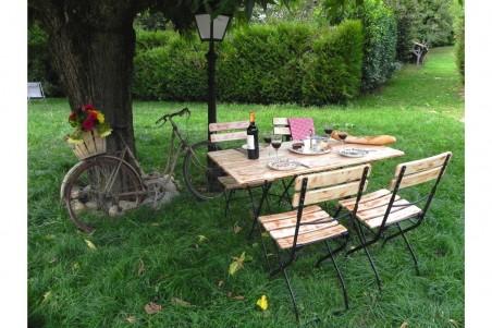 Table bistrot jardin bois d'acacia et acier style industriel déco vintage
