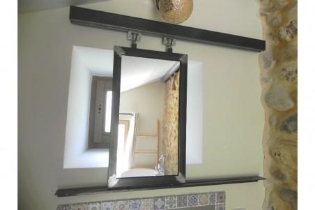 Miroir coulissant industriel en métal spécial fenêtre originale