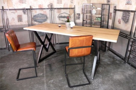 Chaise de bar camel en métal et cuir vintage, meuble style industriel, déco loft, décoration contemporaine